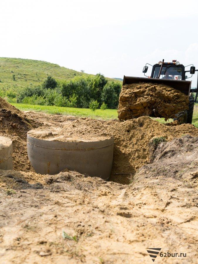 Земляные работы по обустройству автономной канализации